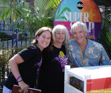 Robyn, her mom and David Canary