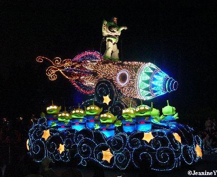 Dreamlights Tokyo Disneyland Night Parade