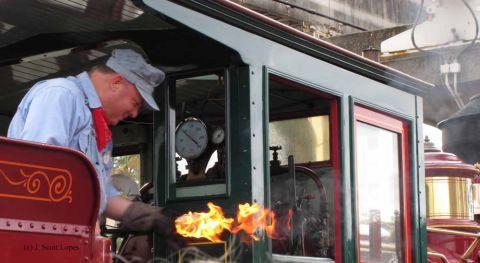 train-tour-6.jpg