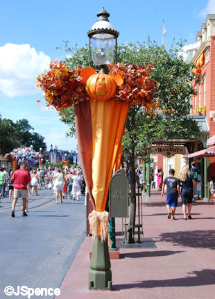 Main Street Decorations