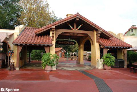 Adventureland/Frontierland Arch