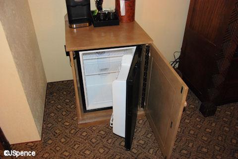 AKL mini-refrigerator