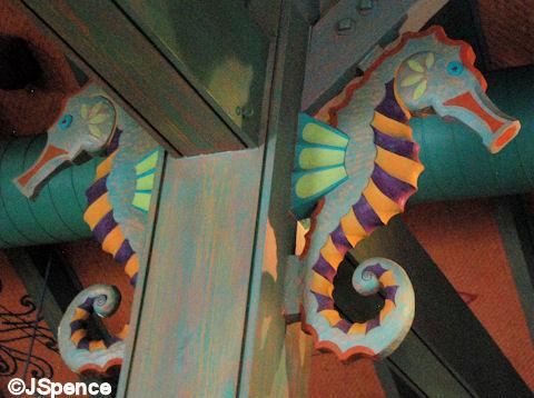 Beastly Bazaar Seahorse