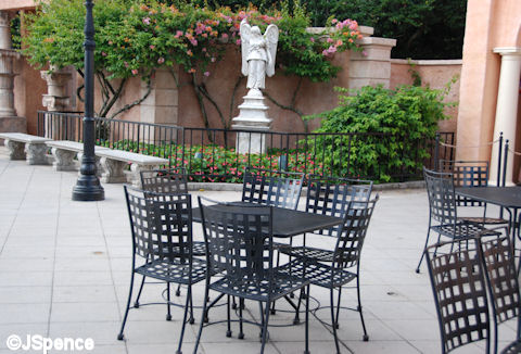 Italy Table and Chairs