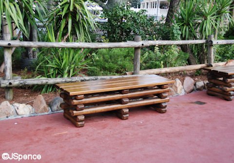 Log Cabin Bench