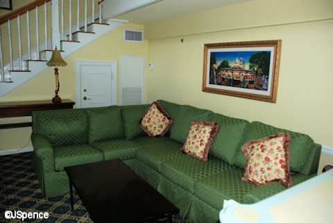 Garden Suite Sofa & TV
