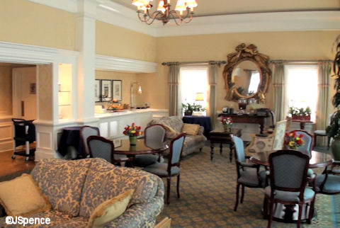 Innkeeper's Club Lounge
