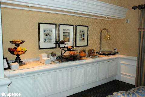 Innkeeper's Club Lounge Refreshments