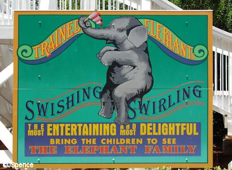 Luna Park Signs