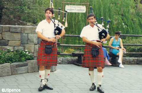 Caledonian Bagpipe Band