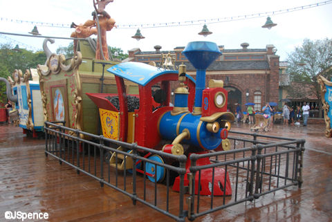 Casey Jr. Play and Soak Station