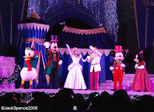 magic kingdom castle christmas. Magic Kingdom Castle Lighting