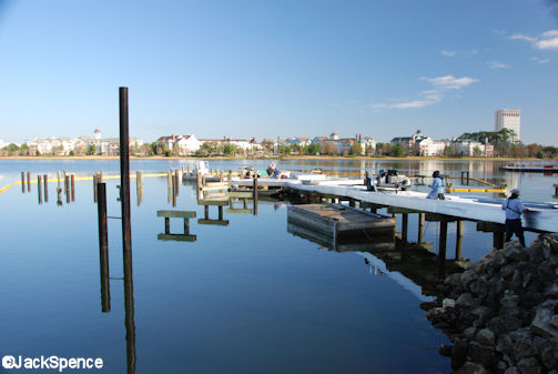 Characters%20in%20Flight%2003.jpg