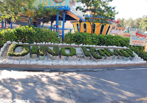 DINO-RAMA spelled with Plants