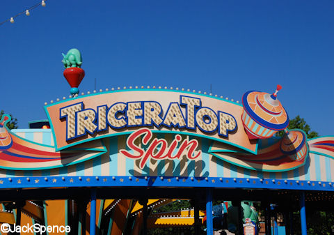 TriceraTop Spin Sign