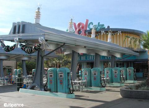 Flo's V8 Café
