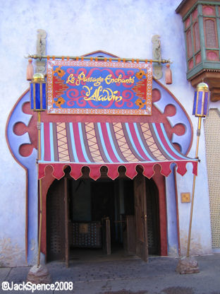Le Passagé Enchant' d' Aladdin Adventureland Disneyland Paris