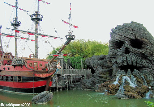 Disneyland Paris Captain Hook's ship and Skull Rock