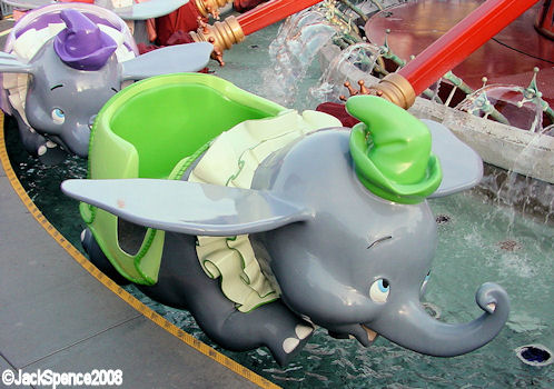Disneyland Paris Dumbo the Flying Elephant