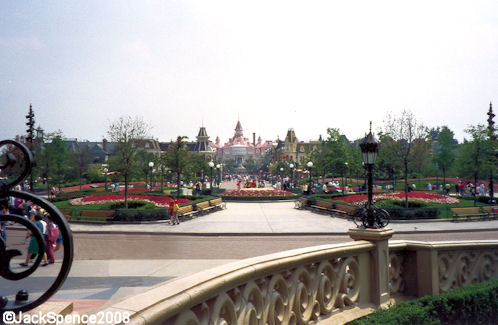 Disneyland Paris Hub