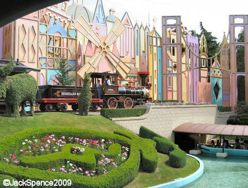 DLP%20It%27s%20A%20Small%20World%2004.jpg