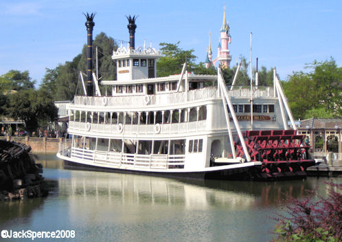 Disneyland Paris Mark Twain Riverboat