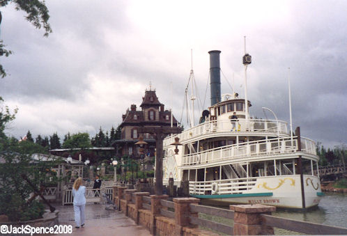 Disneyland Paris Molly Brown Riverboat