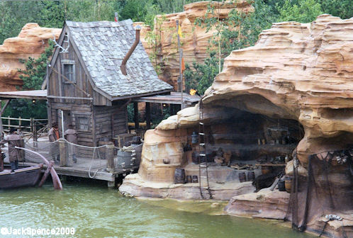 Disneyland Paris Riverboat  River Rogue Keelboats