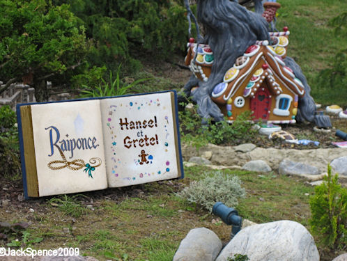 Disneyland Paris Fantasyland Land of the Fairytales Hansel and Gretel