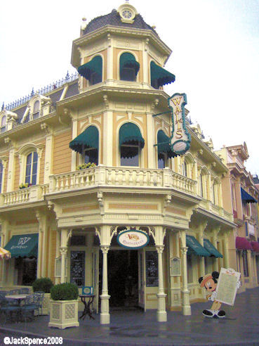 Disneyland Paris Main Street Walt's