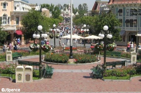 Disneyland Flagpole