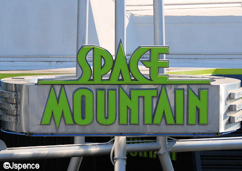 Space Mountain Font