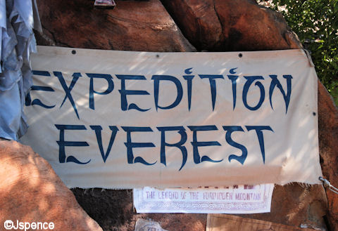EXPEDITION EVERST Sign