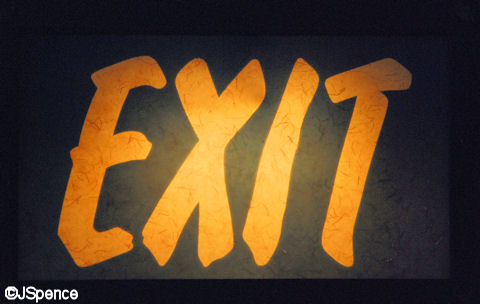 Japan Exit Sign