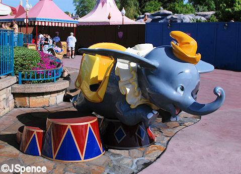 Dumbo Photo Op