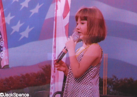 Gina Marie Incandela sings National Anthem