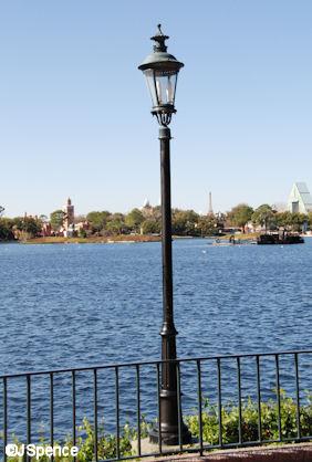 Promenade Lamp Post