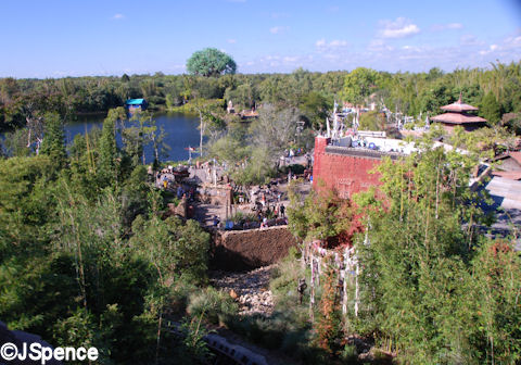 Serka Zong and Discovery River