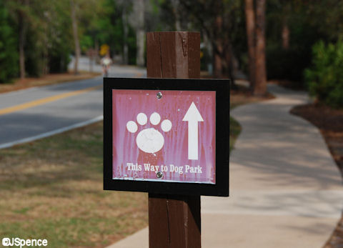 Sign to Dog Park