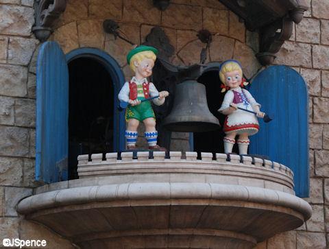 Germany Pavilion Glockenspiel