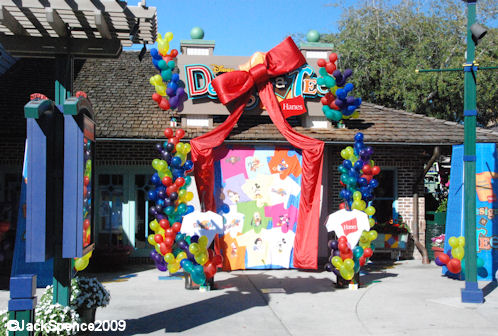 Disney Design-A-Tee Store Front