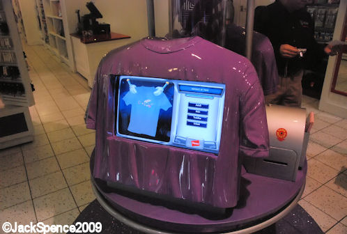 T-shirt shaped kiosks at Design-A-Tee