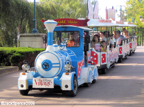 Train at Newport Bay Club Hotel at Disneyland Paris