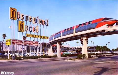 Monorail at Disneyland Hotel