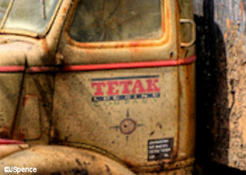 Tetak Truck