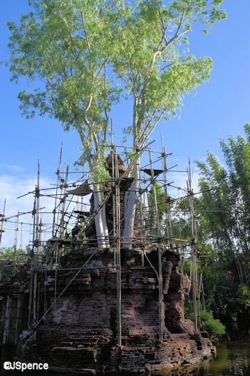 Crumbling Shrine
