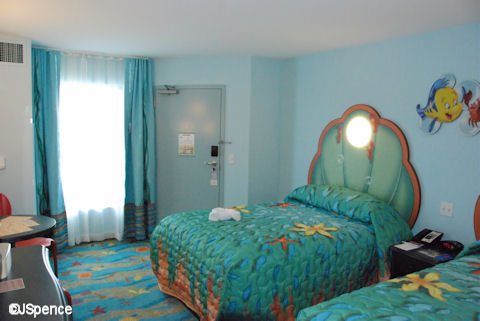 Take a Look at These Awesome The Little Mermaid Bedroom ...