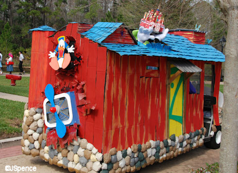 Barnstormer at Goofy's Wiseacre Farm