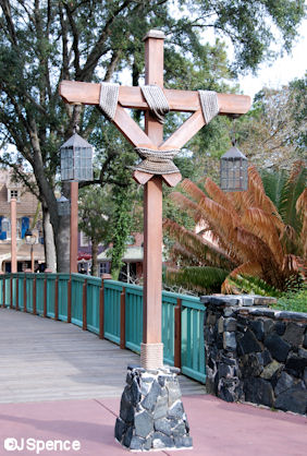 Adventureland/Liberty Square Lamppost