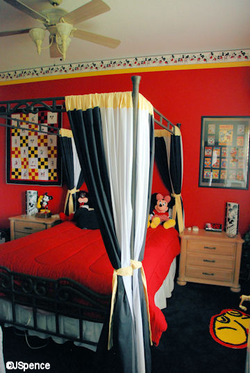 Mickey Mouse Bedroom | Mickey Mouse Suite At Laffite S Landing The World According To